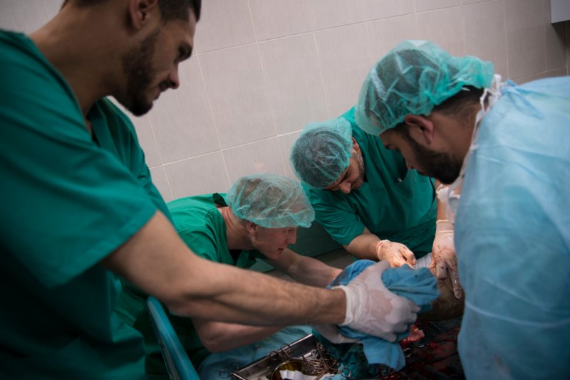 An image preview for Palestine: MSF teams working around the clock to provide care for wounded in Gaza article.